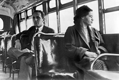 Rosa Parks at front of bus