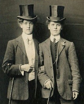 Vintage photo of lesbians not complying with sex stereotypes